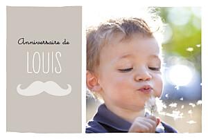 Carte d'anniversaire marron moustache taupe
