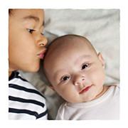 Faire-part de naissance Balade 2 enfants (triptyque) beige jaune page 2