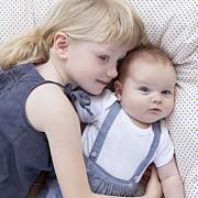 Faire-part de naissance Mini the photos ! (triptyque) blanc page 4