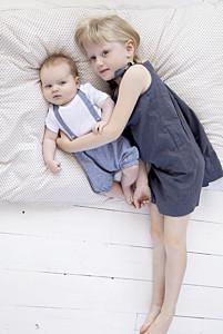Faire-part de naissance avec photo galerie pleine page (dorure) blanc